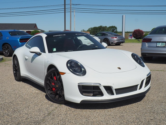 911 Carrera Gts >> Pre Owned 2019 Porsche 911 Carrera Gts With Navigation