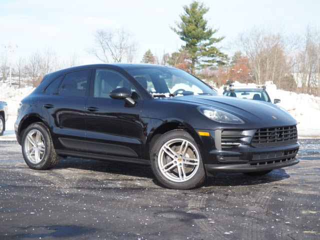 New 2019 Porsche Macan AWD