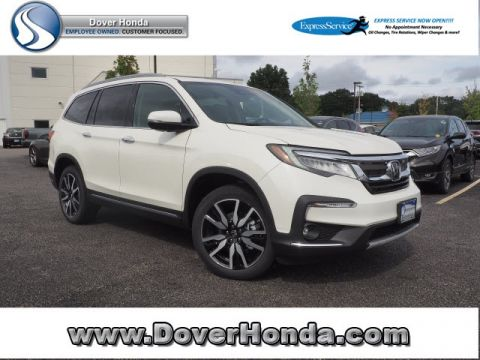 New 2019 Honda Pilot Touring with Navigation & AWD