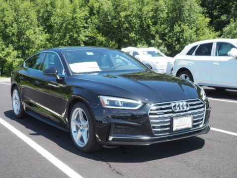 New 2019 Audi A5 quattro 4D Hatchback